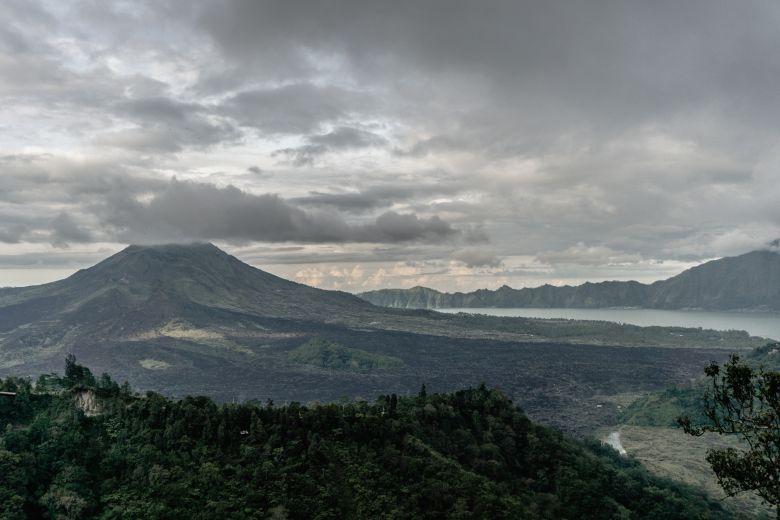 Berbagai Fakta Menarik Gunung Sindoro
